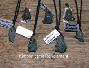 Kimberlit-mit-Rohdiamant